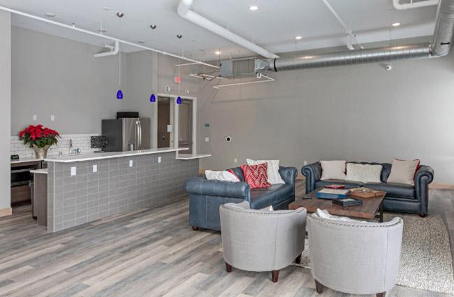 Sky-Lounge-3